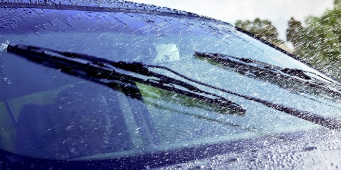 How To Replace the Wiper Blades?